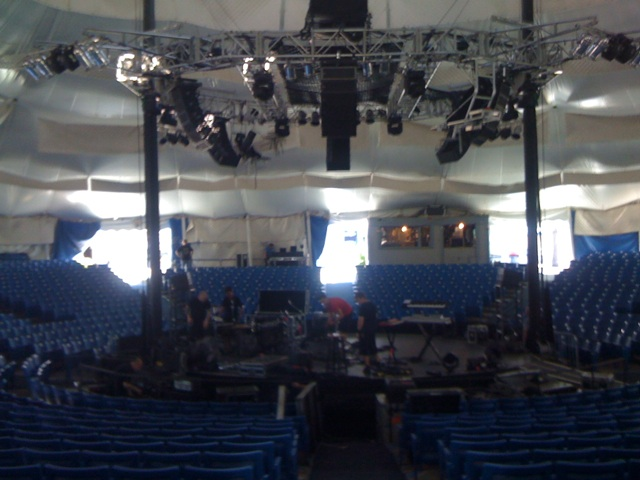 File:Cape Cod Melody Tent Circus Stage (2010-08-19).jpg