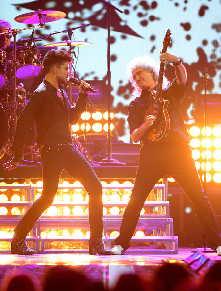 File:IHeartRadio Music Festival - Queen + Adam (2013-09-20).jpg