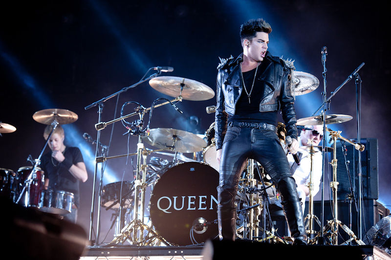 File:Queen + Adam Lambert in Moscow 2 (2012-07-03).jpg